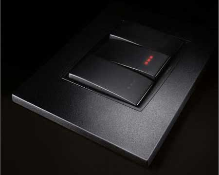 Vimar-Eikon-sophisticated-design-with-exquisit-understatement-electric-switch-series-classic-cabon-black-backlight-gallery